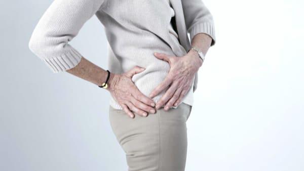 arthrose de la hanche symptomes arthrose de la hanche que faire arthrose hanche symptome docteur marc elkaim chirurgien orthopedique chirurgien hanche paris 9