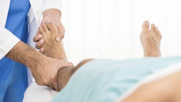 fracture cheville cassee fracture cheville radio fracture cheville malleole externe fracture bimalleolaire docteur marc elkaim chirurgien orthopedique chirurgien de la cheville paris