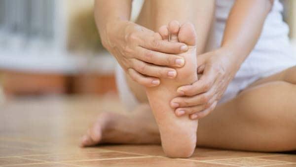 metatarsalgie quelles chaussures metatarsalgie exercice metatarsalgie de morton docteur marc elkaim chirurgien orthopedique chirurgien du pied paris